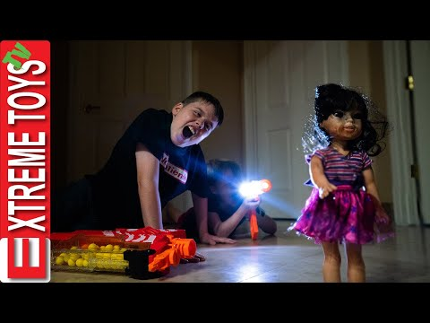 Crazy Doll Nerf Battle Round 3! Sneak Attack Squad VS Spooky Doll! |
