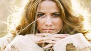 Strong Enough ~ Sheryl Crow, KCBO Studio C, Retrospective (Live).wmv