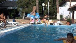 видео Отели, мини гостиницы в Геленджике