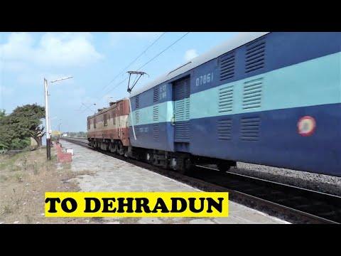 Madurai Dehradun / Chandigarh Express Speeds Away