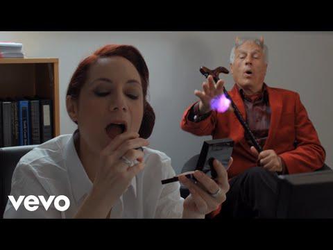 Doris Brendel - The Devil Closed the Door on Me ft. Lee Dunham