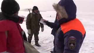 Зимняя рыбалка на реке Амур. Синда, хлопушки победили.