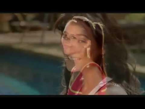 Victoria Justice  Nina Dobrev  Alexandra Chando  Emmanuelle Chriqui = Quadruplets
