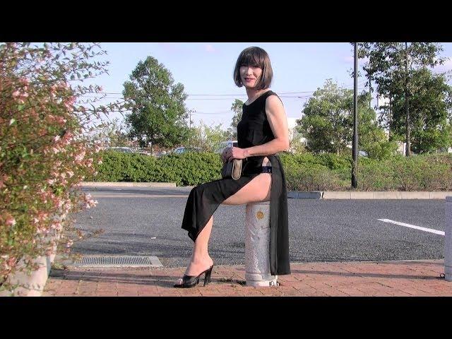 ミニスカ熟女のファッションショー Self designed See-Thru 1