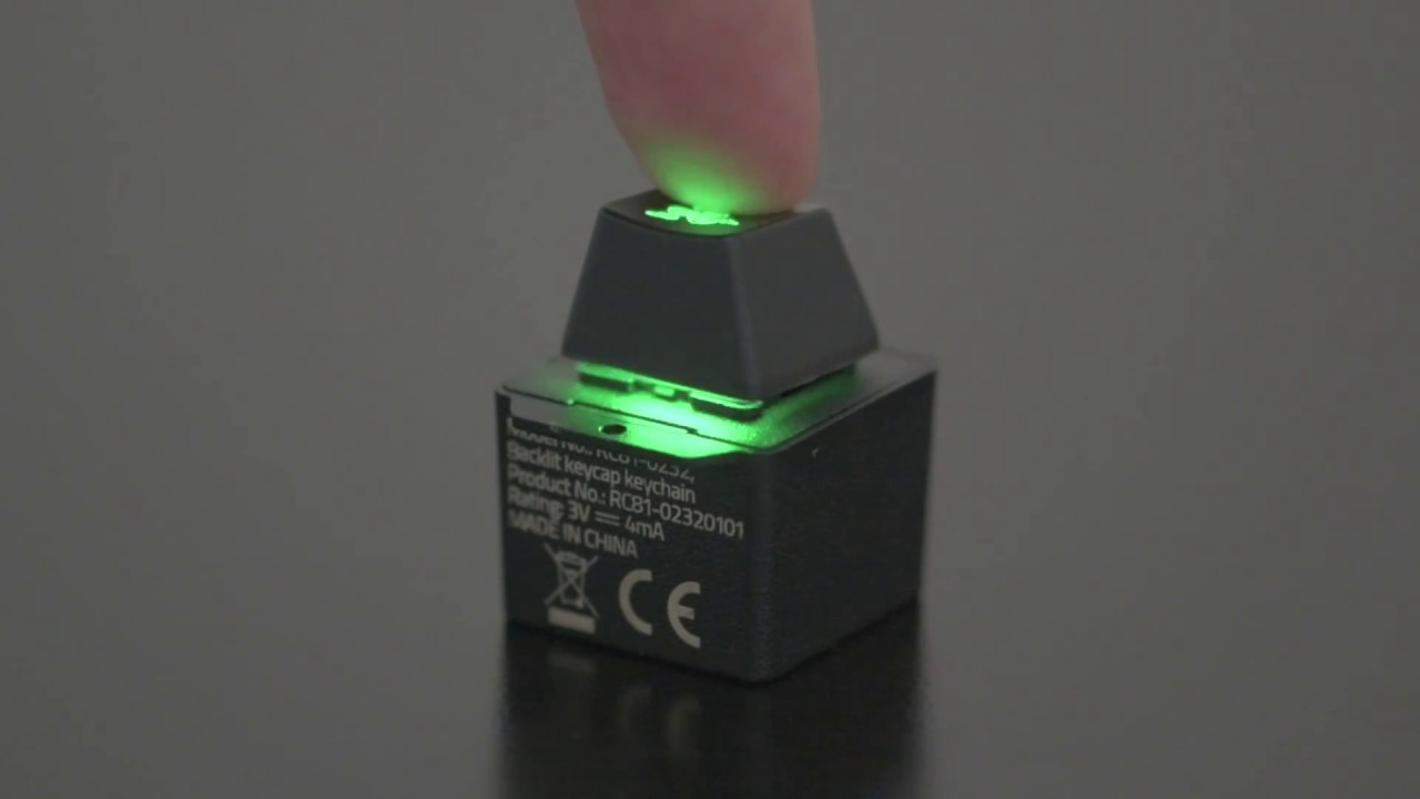 Брелок Razer Backlit keycap keychain