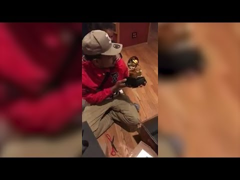 Watch Chance the Rapper Unbox His Grammys With His Adorable Daughter