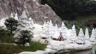Storybook Land Canal Boats - Disneyland Paris Thumbnail