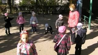 Фізкомплекс на прогулянці в середній групі