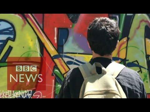 Street artist's graffiti guide to Greece debt crisis - BBC News