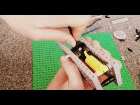 How to build a Lego pneumatic engine