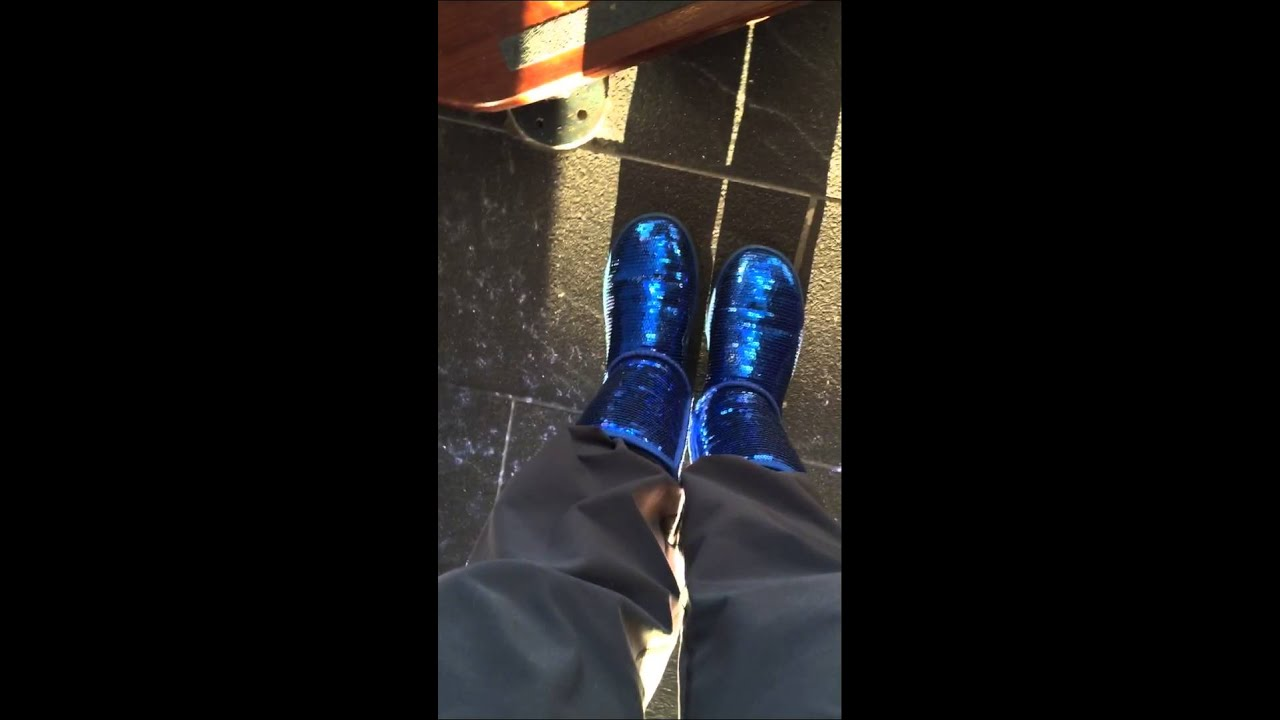 Ugg sparkle blue with sweatpants