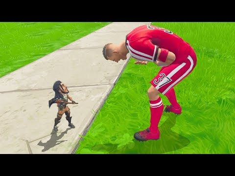 Fortnite Smallest Player EVER