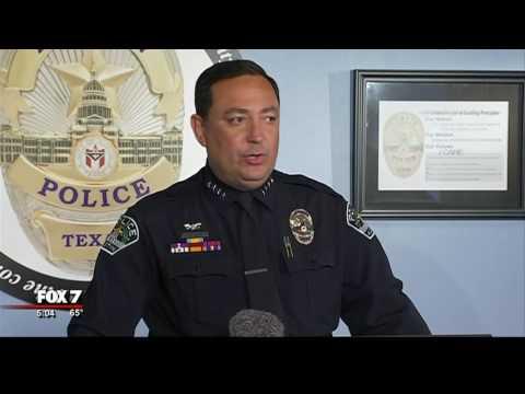 Austin Police Chief Art Acevedo says goodbye as he takes job in Houston | 11/2016