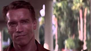 Last Action Hero Best Scenes - Exceptionally Well Trained Dogs