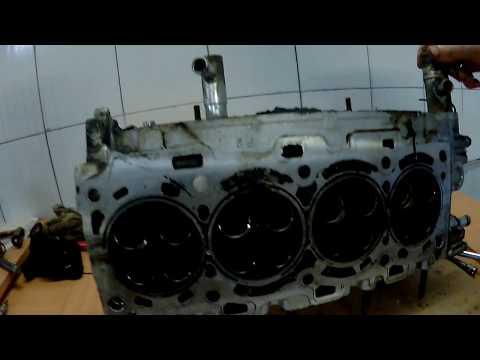Фото к видео: Toyota Corolla 2.2 Diesel, пробило прокладку головки.