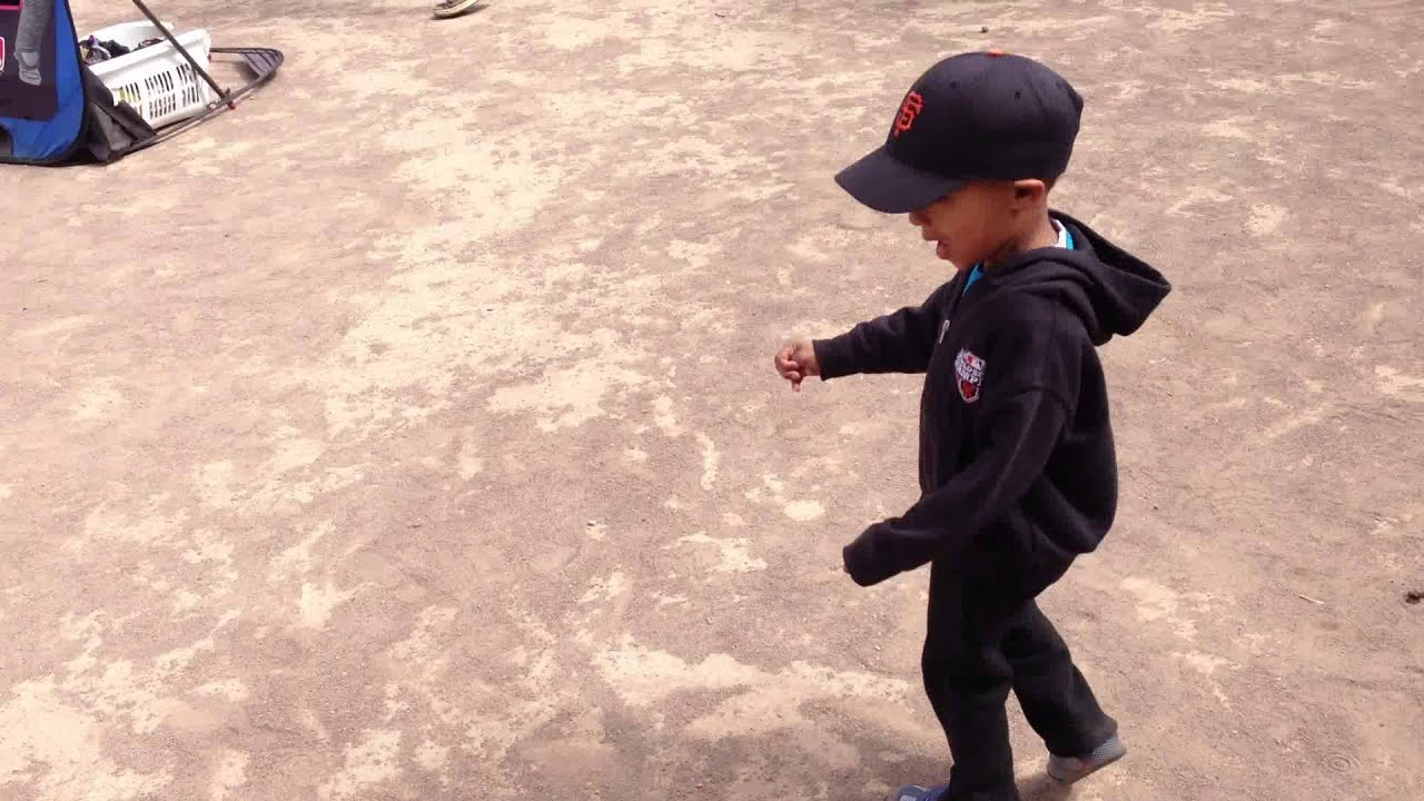 toddler baseball practice swinging bat u0026 running bases youtube