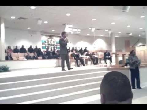 Wess Morgan Captivates Congregation At Good Shepherd