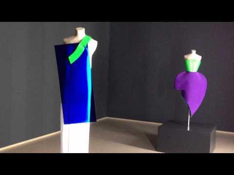 Structural Mode - Rejina PYO / Han Nefkens Fashion Award 2012