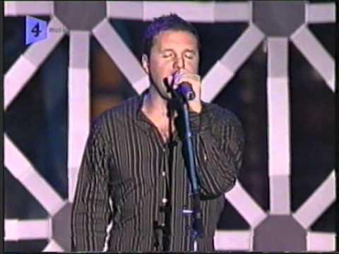 Dirty Vegas - Days Go By 'Live' @ USA Dancestar Awards 2002