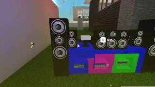 How to make a DJ set in bloxburg for FREE! (roblox)