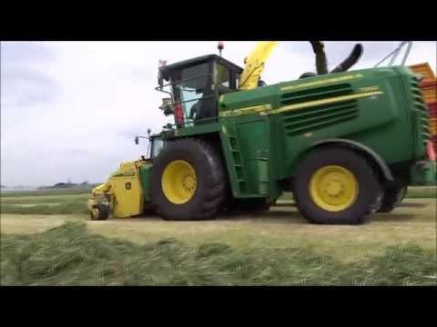 Loonbedrijf G.Bunnik gras hakselen