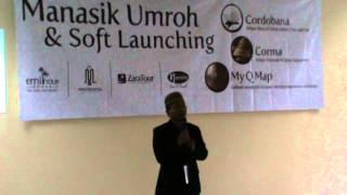 Sambutan Oleh Direktur Mediterania Tour Travel di acara Manasik di Asrama Haji Pondok gede Jakarta