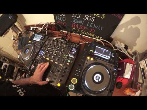 DJ MIXING VOCAL TRACKS TUTORIAL RADIO SONGS WITH LOTS OF LYRICS