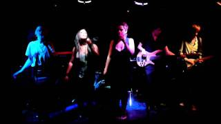 The Lorelles - Nothing To Declare. Live at Cottons 22/09/11.