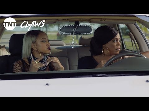 Claws: Polly's One Woman Heist - Season 1, Ep. 5 [CLIP] | TNT