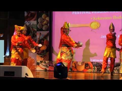 Tari Piring Sumatera Barat Buka Peluncuran Festival Pesona Kuliner Nusantara 2016