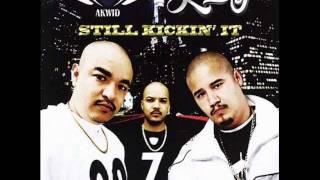 13 - Pobre Compa - Kickin' it Juntos CD Akwid & jae-p