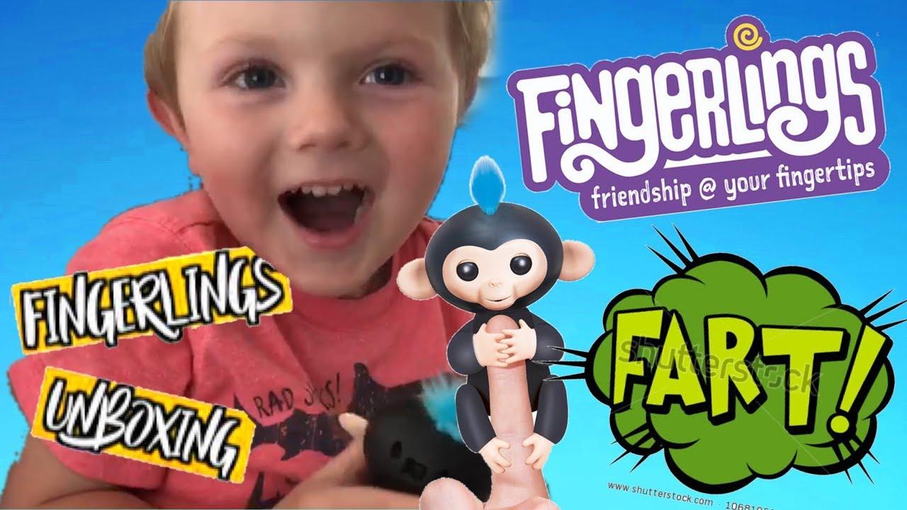 Toddler Kid Plays Wowwee Fingerlings Finn Figures Out Fart Hack