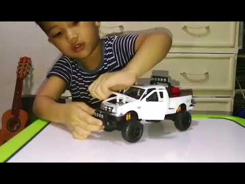 Unioil Golden Cruiser 2017 Collection Ford F 150 Toy Review Youtube