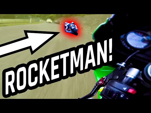 ELBOW DRAGGING R6 RIDER IS ROCKETMAN !!