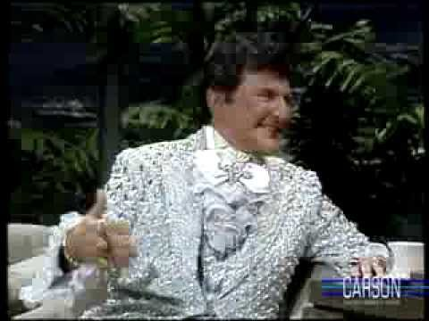 Liberace Reveals his Love for Soap Operas on Johnny Carson's Tonight