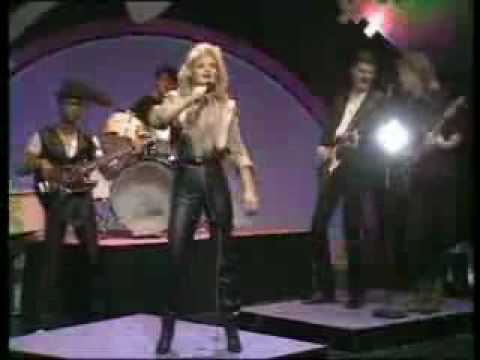 Bonnie Tyler - Going Through the Motions Live (early 80's)