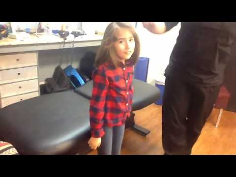 8 Year Old Visits Chiropractor Dallas, Texas