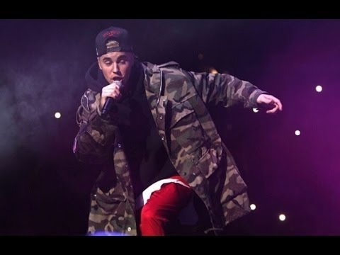 Thumbnail: Justin Bieber performing Sorry Ft. J.Balvin (LIVE)