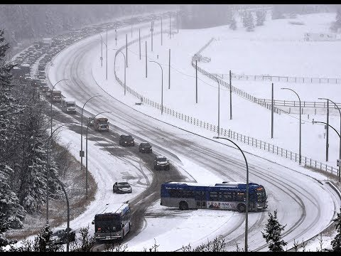 Overnight snowfall Edmonton catches drivers off guard
