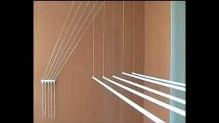видео Сушилка для белья на балкон: виды, выбор, делаем своими руками