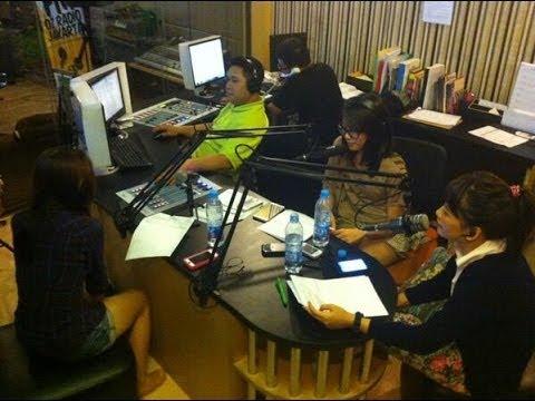 Talk with JKT48 [Audio Only] on OZ Radio 90.8 FM Jakarta (Full Session) [19.02.2014]