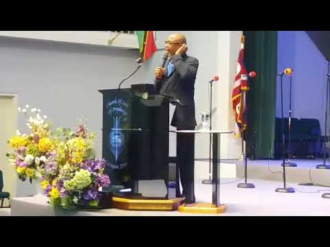 Bishop Owen Martin Preaching 2017