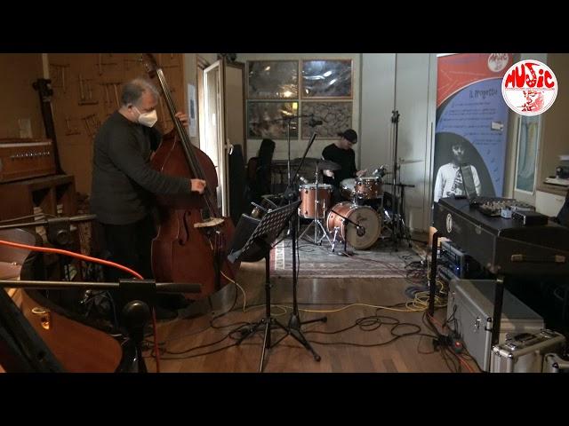 Federico Laterza Trio feat. Steve Cantarano & John Arnold live at Sarasvati Studio - Bluesette