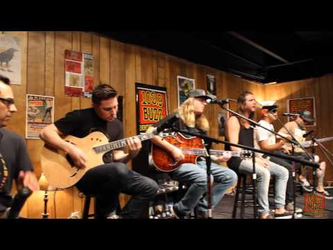 1029 The Buzz Acoustic Session: The Dirty Heads  Your Love