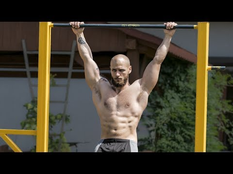 Can't BUILD MUSCLE with Calisthenics? Here's why