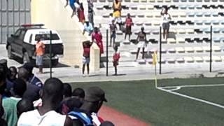 Briga com PN no estádio São Nicolau