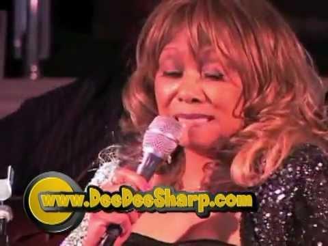 Dee Dee Sharp Live -