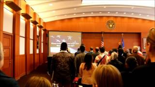 USA Citizenship Ceremony  begining (Minnesota ) 2016, welcoming speech, national anthem of the USA