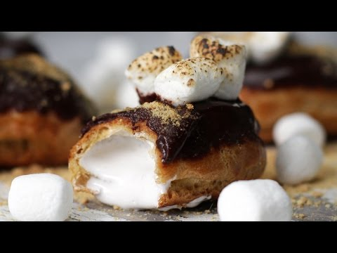 Mini S'mores Eclair... Delicious and Adorable!