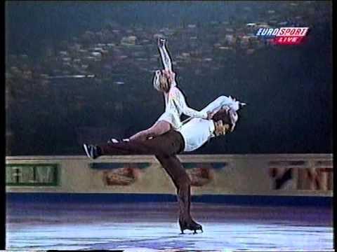Elena Berezhnaya & Anton Sikharulidze RUS - 1999 World Championships Gala
